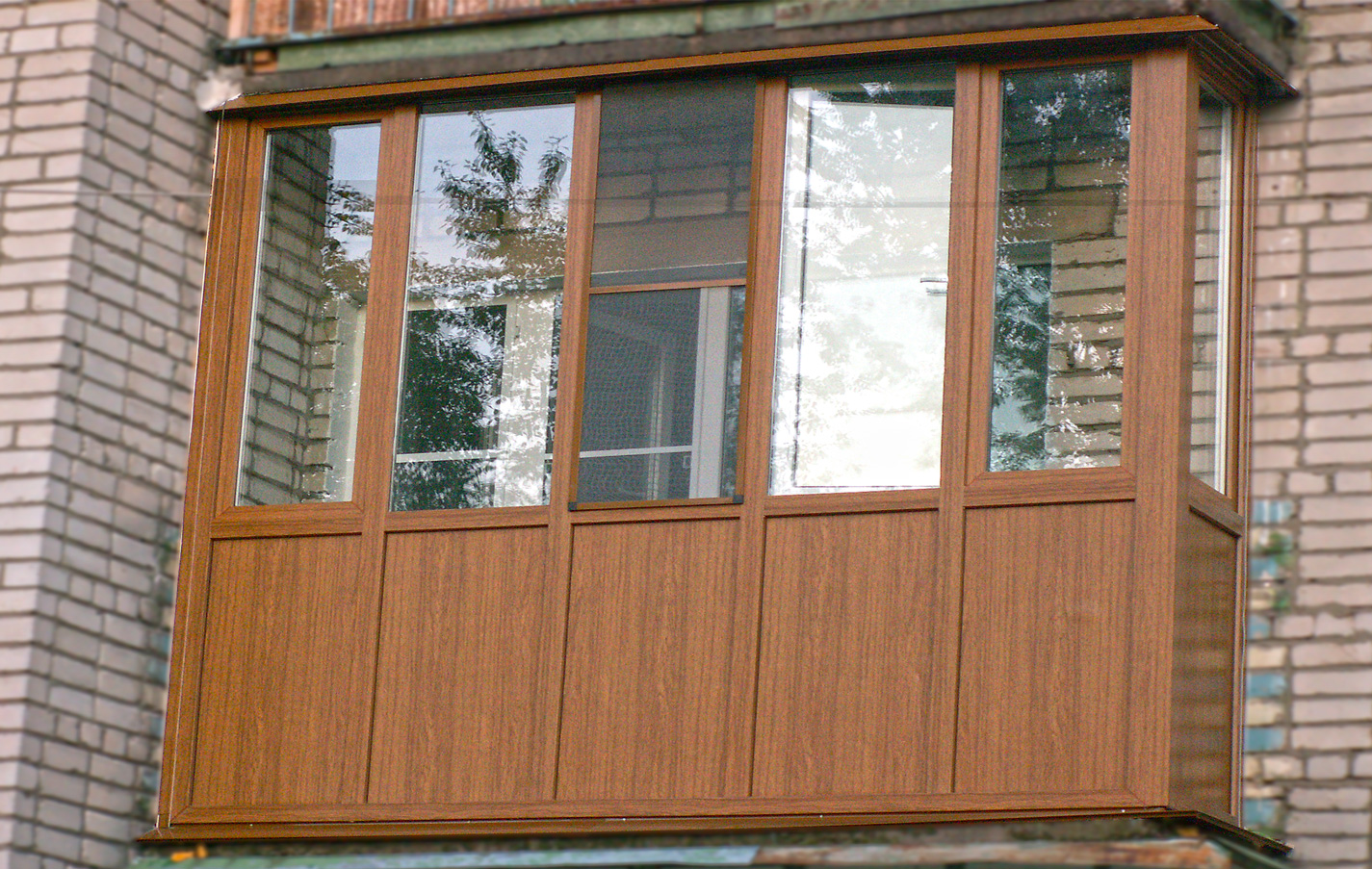 Обшивка балкона своими руками: выбор материалов и их монтаж.